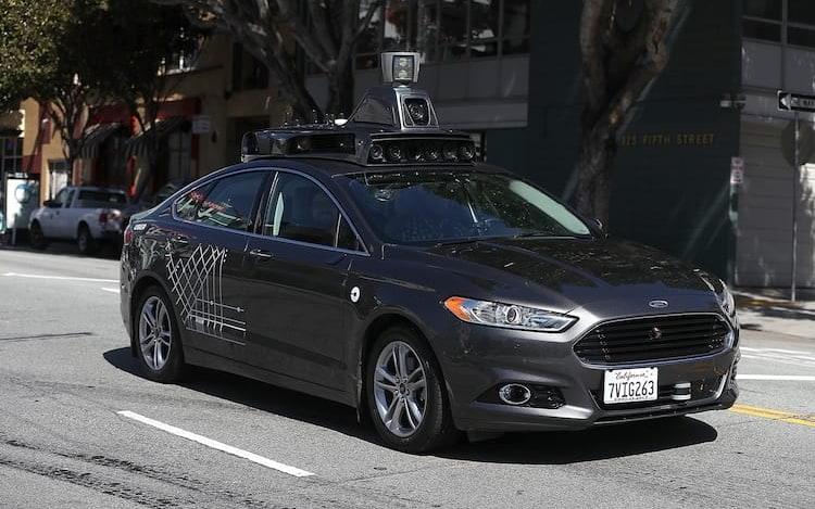 Uber é aprovado para reinicio de testes com carro autônomo.