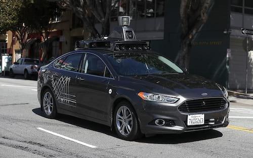 Uber é aprovado para reinicio de testes com carro autônomo