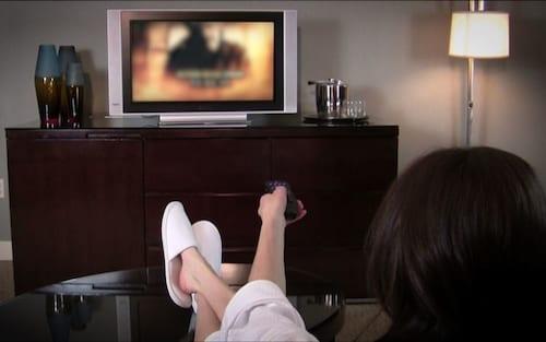 Como desativar a suavização de movimento (modo novela) na sua TV 4K