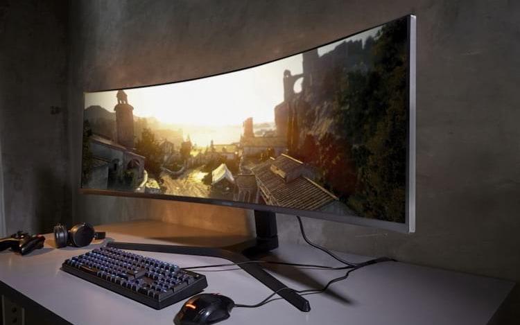 Novo monitor curvo da Samsung de 49 polegadas chega com resolução QHD.