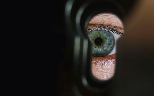 O que é o acordo de vigilância Five Eyes e como ele afeta a segurança de sua VPN