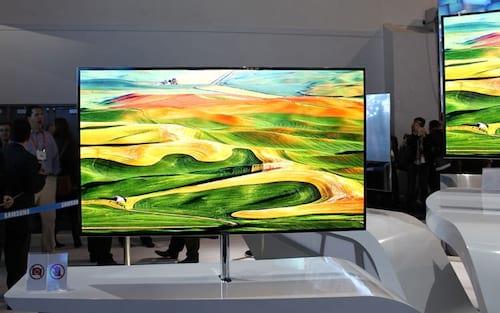 Samsung lança linha de TVs QLED de 2019