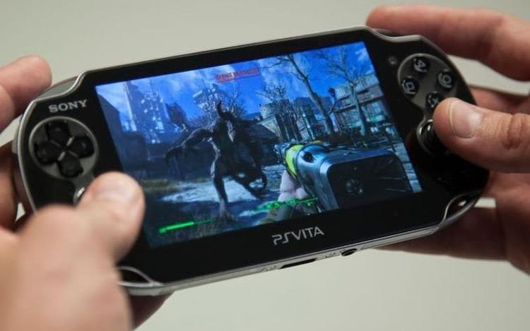 Sony revela que irá reduzir produção do PlayStation Vita no Japão.