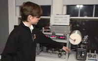 Americano de 12 anos cria laboratório nuclear em casa