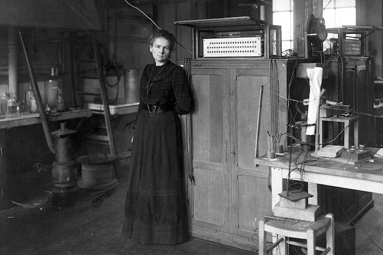 Marie Curie no laboratório