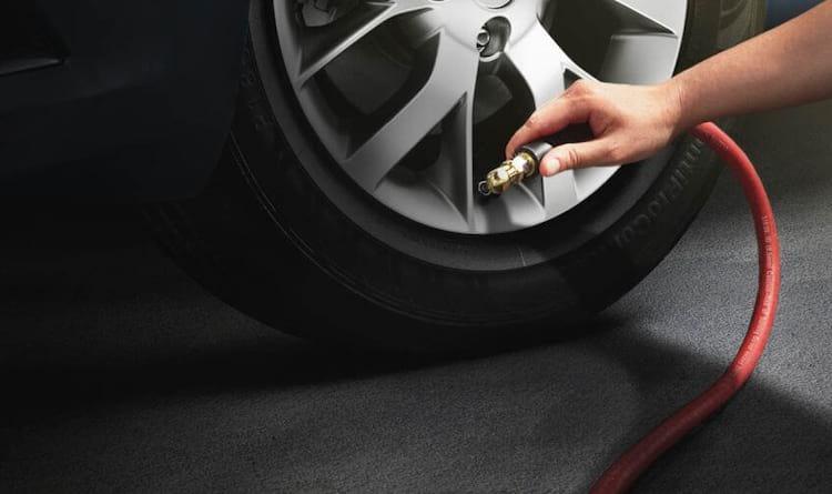 Calibre os pneus na pressão certa
