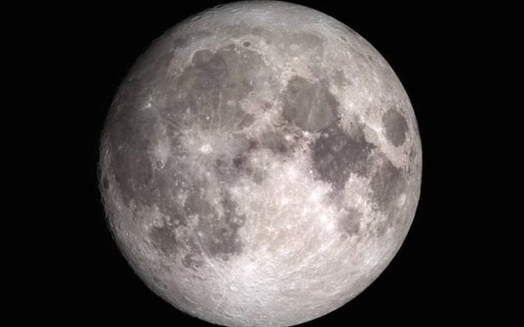 Sonda da NASA revela que água percorre a superfície da Lua.