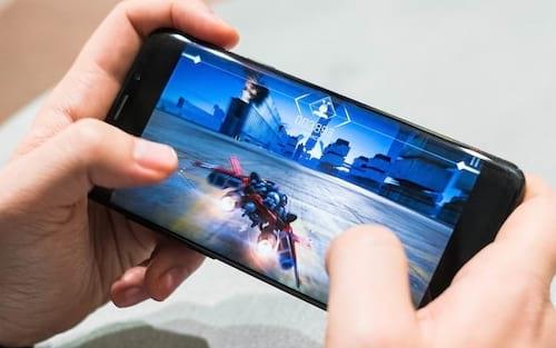 Intel revela que smartphones possuem o dobro de jogadores dos consoles no Brasil