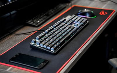 Tecware no Brasil? Tecware Phantom Elite, o teclado com quase tudo a seu favor - REVIEW EXCLUSIVO