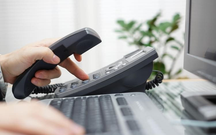 Senado aprova lei que permite cancelamento de TV a cabo através da internet.