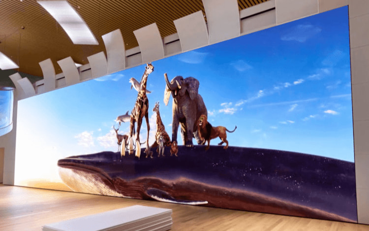 Sony mostra TV com tela gigante 16K.