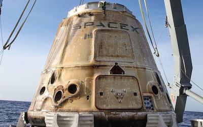 Cápsula Crew Dragon da SpaceX explode em teste