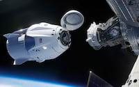 SpaceX adia lançamento de cápsula Dragon ao espaço