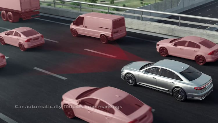 """Daqui alguns anos, poderemos chegar ao nível 3 de carros """"autônomos"""": o veículo perceberia objetos ao redor dele por meio de sensores. Mesmo assim, a atenção humana ainda é necessária."""
