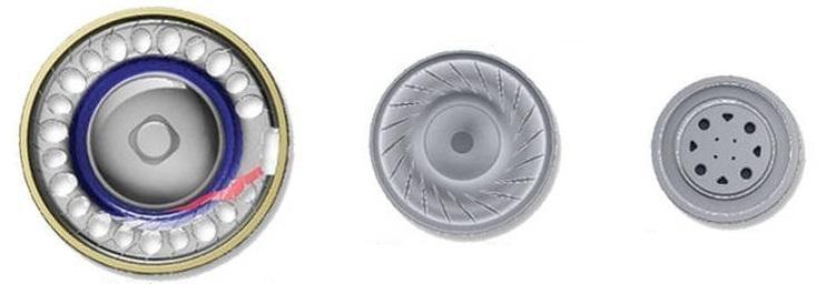 Da esqueda para direita os tamanhos dos drivers dinâmicos são 14.33mm , 9mm e 7mm