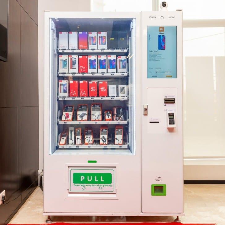 A Mi Express Kiosk permite ao cliente realizar compras sem a ajuda de um intermediador.