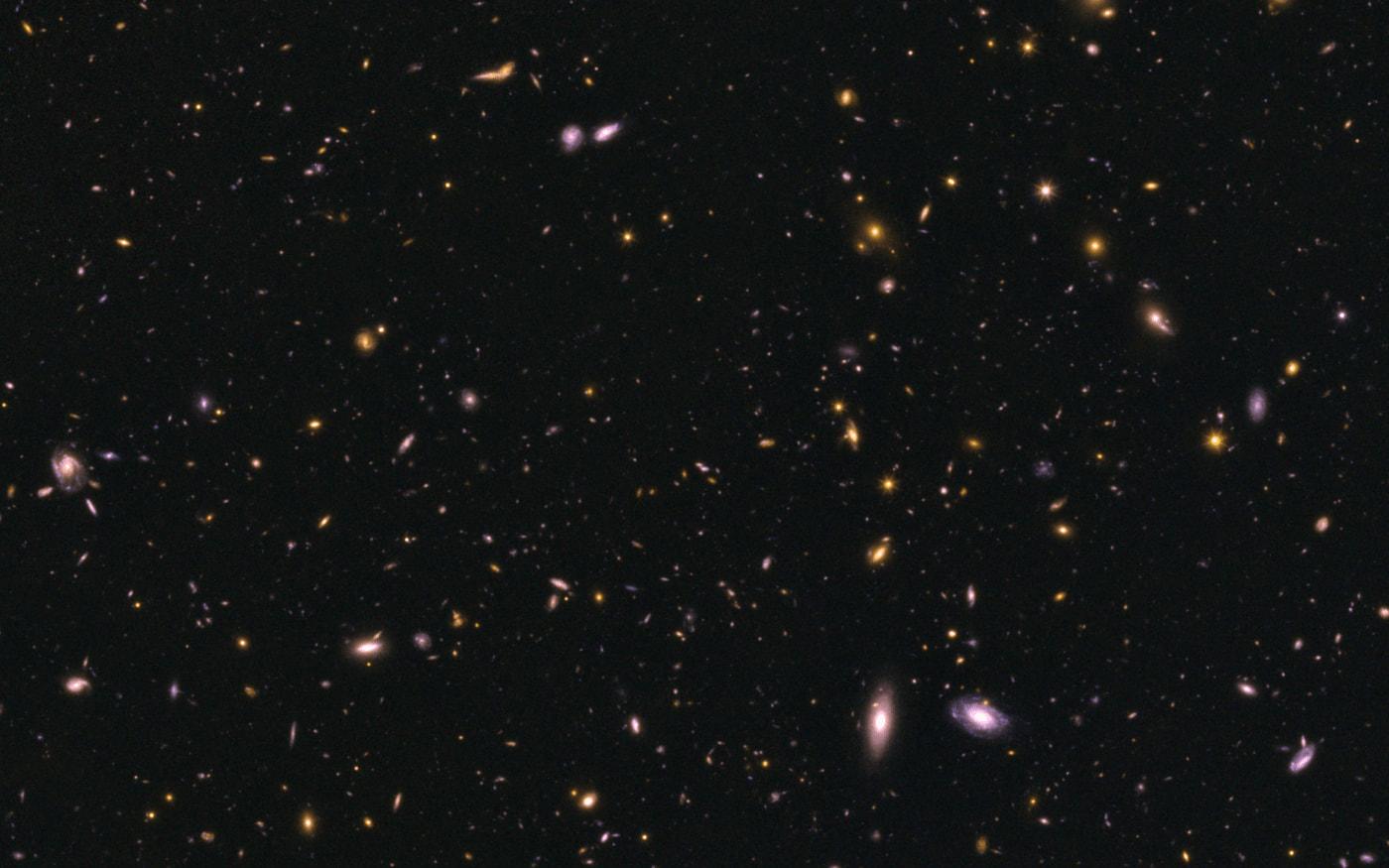 Telescópio Hubble registra imagem de galáxias após colisão
