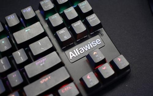 Alfawise K1/V3, um teclado mecânico ópti...não, pera. (ish) - Review