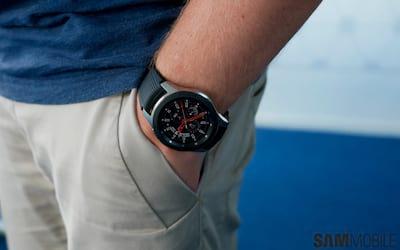 Galaxy Gear: Smartwatches da Samsung recebem atualização de interface para OneUI