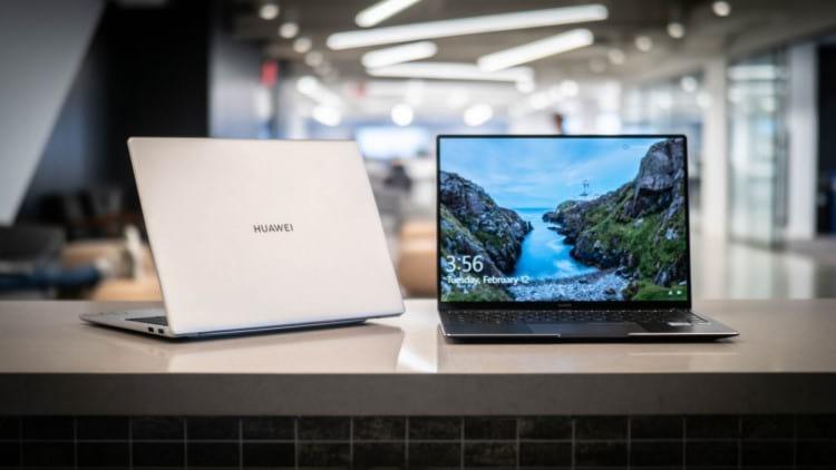 Notebooks Huawei (Foto por equipe do site istoedinheiro.com.br )
