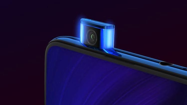 Redmi K20 e K20 Pro possuem câmera frontal no estilo pop-up de 20MP.