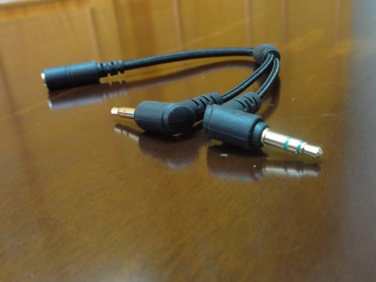 Adaptador que vem com o headset
