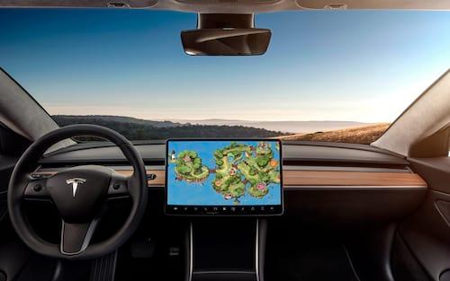 Tesla: Você agora poderá jogar Cuphead direto no seu carro!