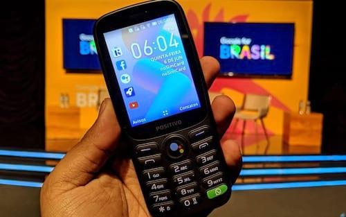 Positivo traz ao Brasil primeiro celular com KaiOS, sistema simples que roda WhatsApp, por R$ 279