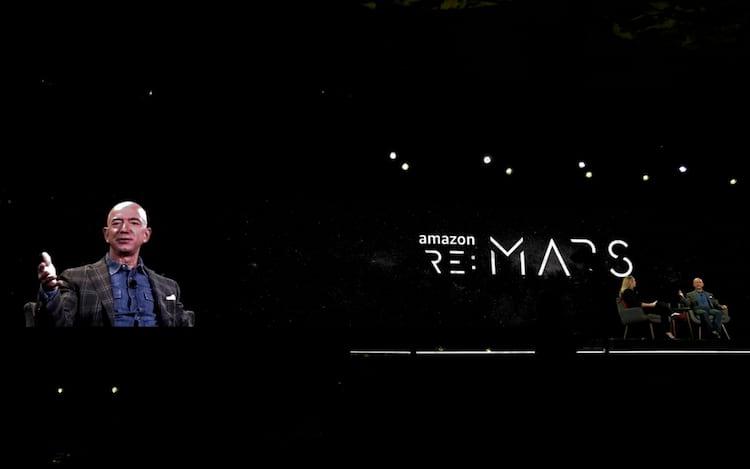 """Jeff Bezos, diretor executivo e fundador da Amazon.com, fala na conferência """"re: MARS"""" da empresa em Las Vegas, Nevada, EUA, em 6 de junho de 2019. foto REUTERS"""