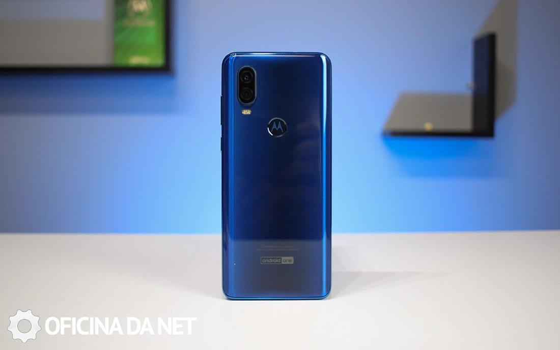 Design Motorola One Vision