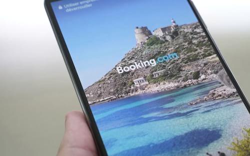 Huawei: alguns smartphones Android apresentam publicidade do Booking