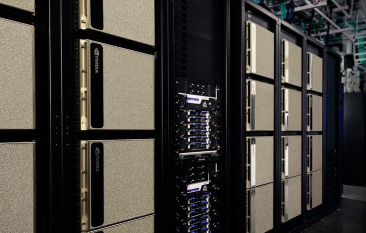 Supercomputador com GPUs NVIDIA