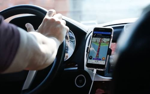 Uber cria simulador de viagens e novas funções para app de motoristas