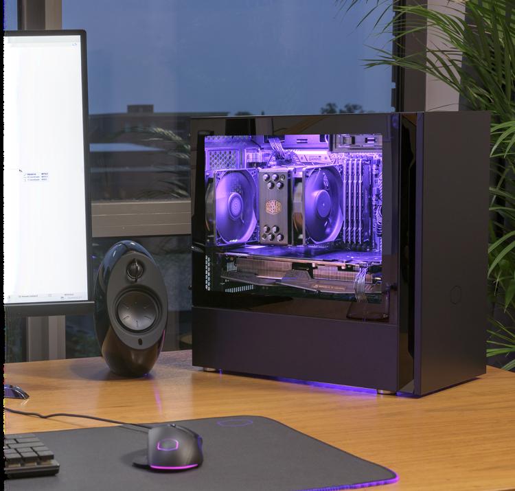 Novo gabinete ultra silencioso Cooler Master