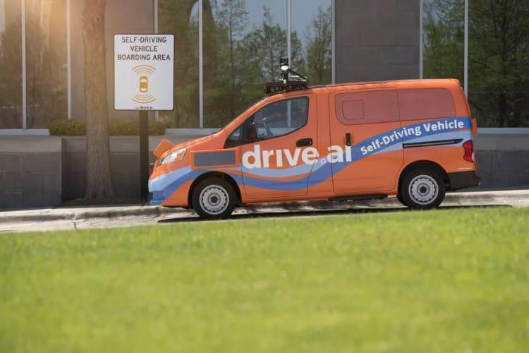 Nissan V200s utilizado para pesquisas de veículos autônomos