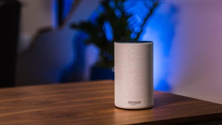 Amazon Echo, dispositivo que usa comando de voz para realizar diversas ações em casas.