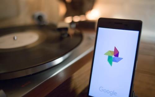 Google Fotos adiciona marcação facial manual, compartilhamento de fotos de pets e edição de timestamp