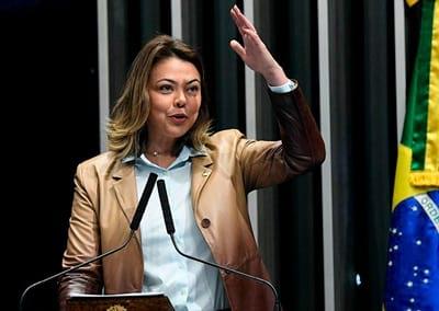 A Senadora Leila Barros (PSB-DF) não é favorável ao reconhecimento dos esports como modalidade esportiva.