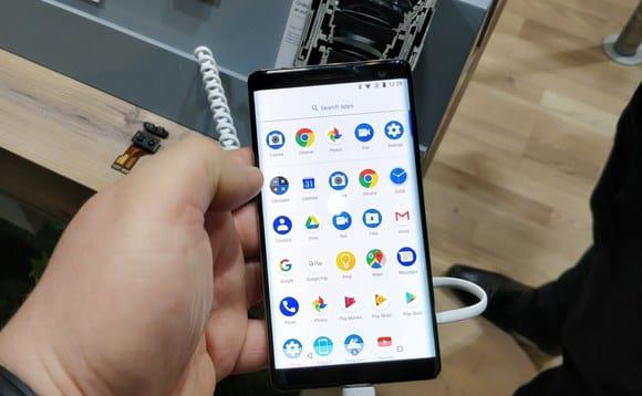 Celulares com Android Go fizeram bastante sucesso, o que pode ter contribuído pro aumento de downloads dos apps.
