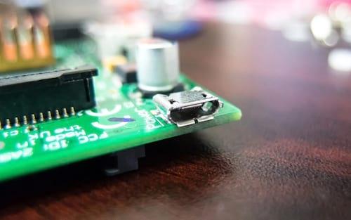 Raspberry Pi 4 é incompatível com alguns cabos e carregadores