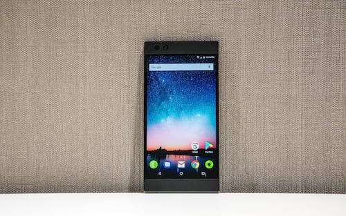 Razer Phone deve receber atualização para Android Pie em breve