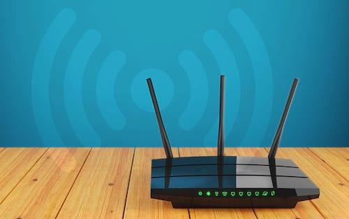 Como reiniciar e redefinir um roteador Wi-Fi?