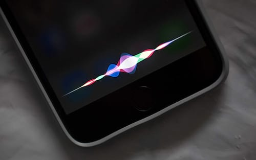 Apple estaria trabalhando em um novo sistema operacional, o SiriOS
