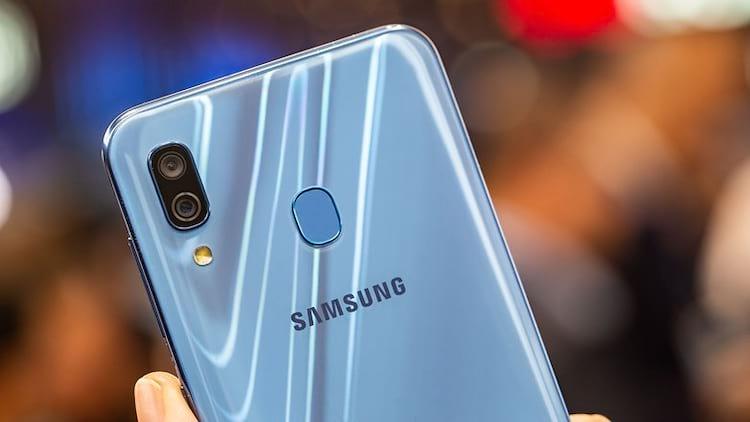 Uma das maiores diferenças entre o Galaxy A30 e o A30s serão as câmeras traseiras. Versão convencional possui duas, enquanto a S contará com três.