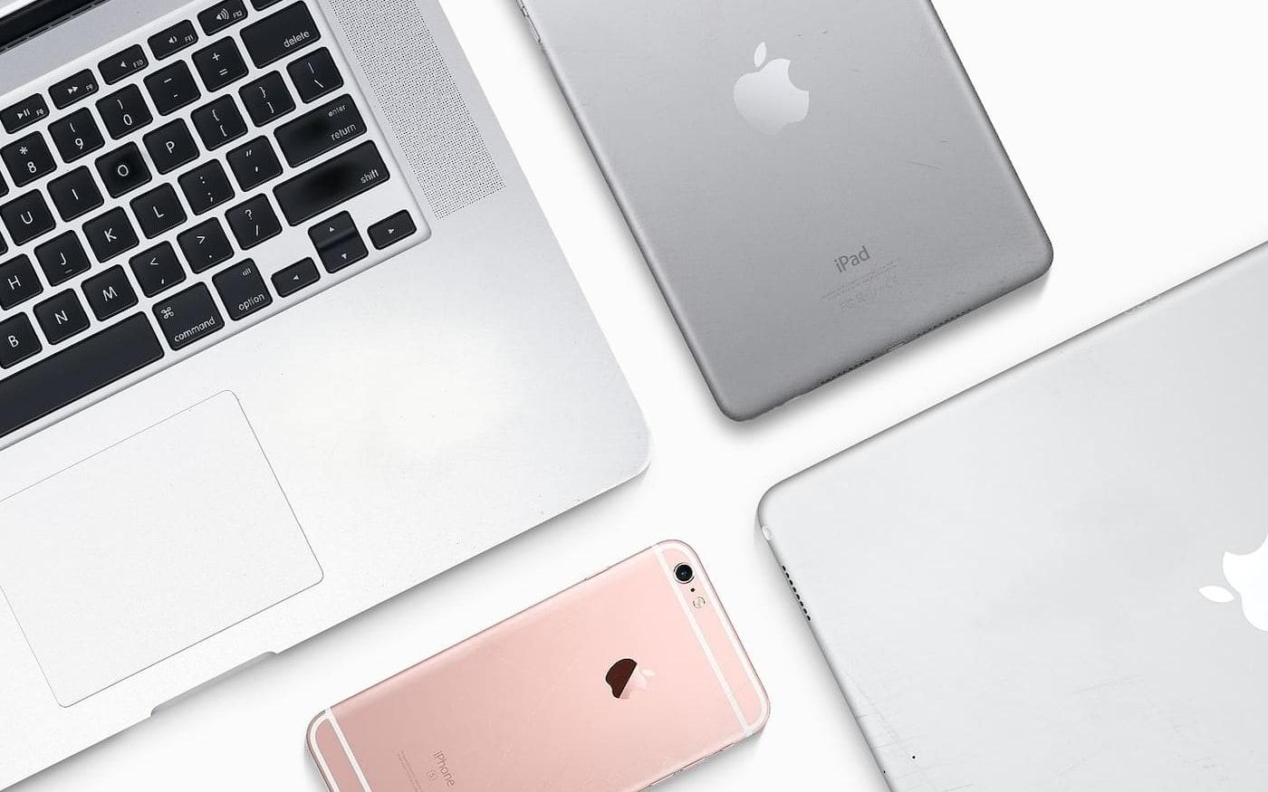 Apple não deve aumentar preços de produtos devido a nova tarifa imposta à China pelos EUA, diz analista