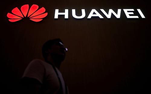 De novo? Huawei e mais quatro empresas chinesas são banidas dos Estados Unidos