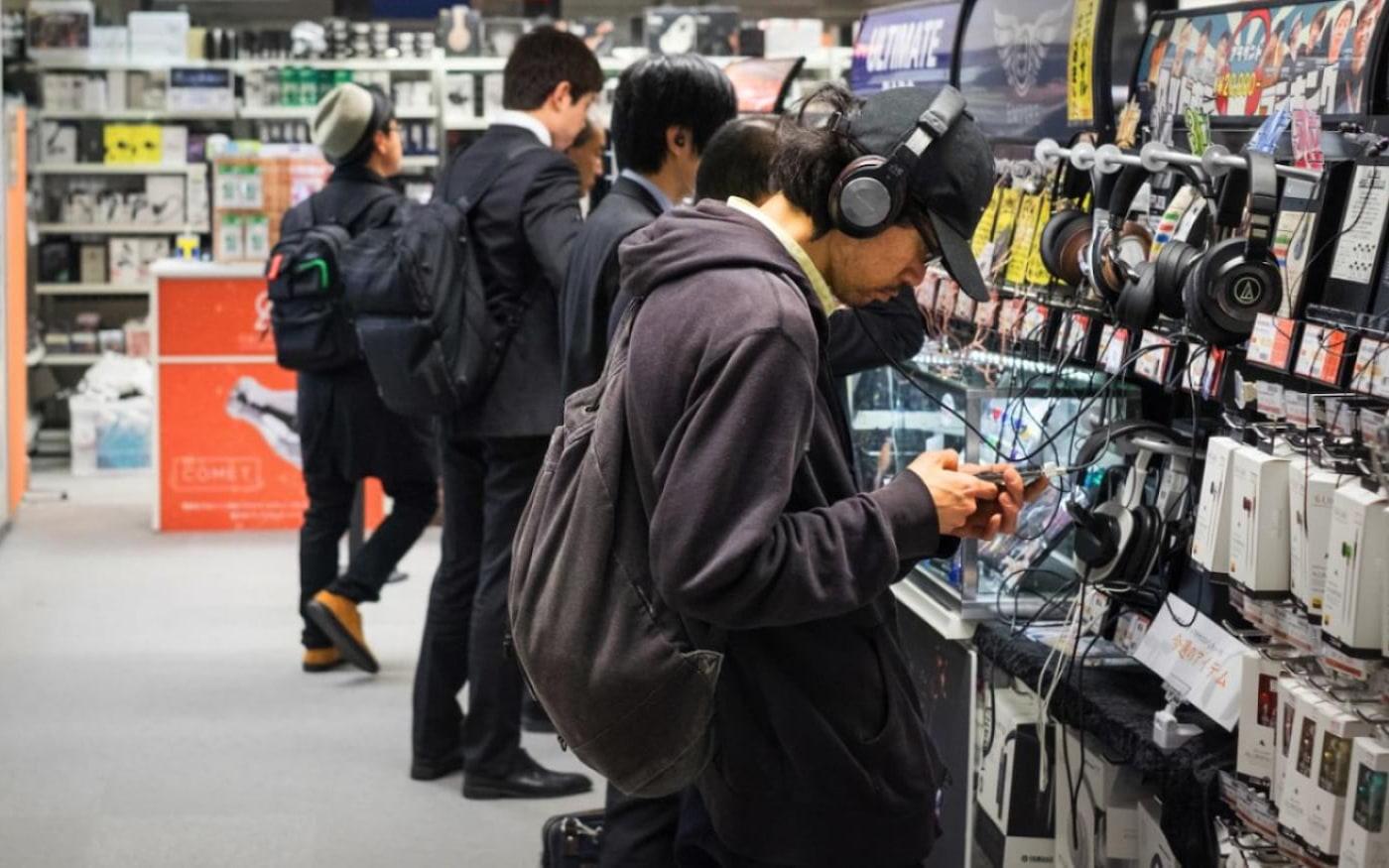 Conheça as grandes lojas de fones de ouvido do Japão [básico sobre fones]