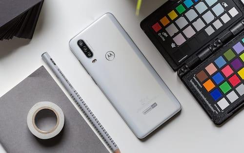Motorola One Action é lançado no Brasil por R$1.799