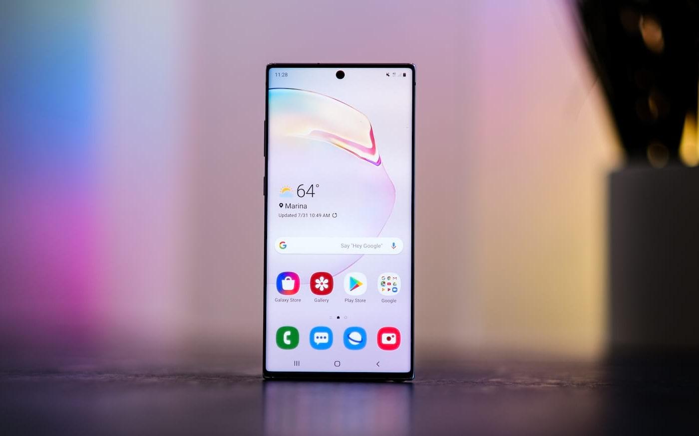 Galaxy Note10+ é considerado smartphone com melhor display no mercado