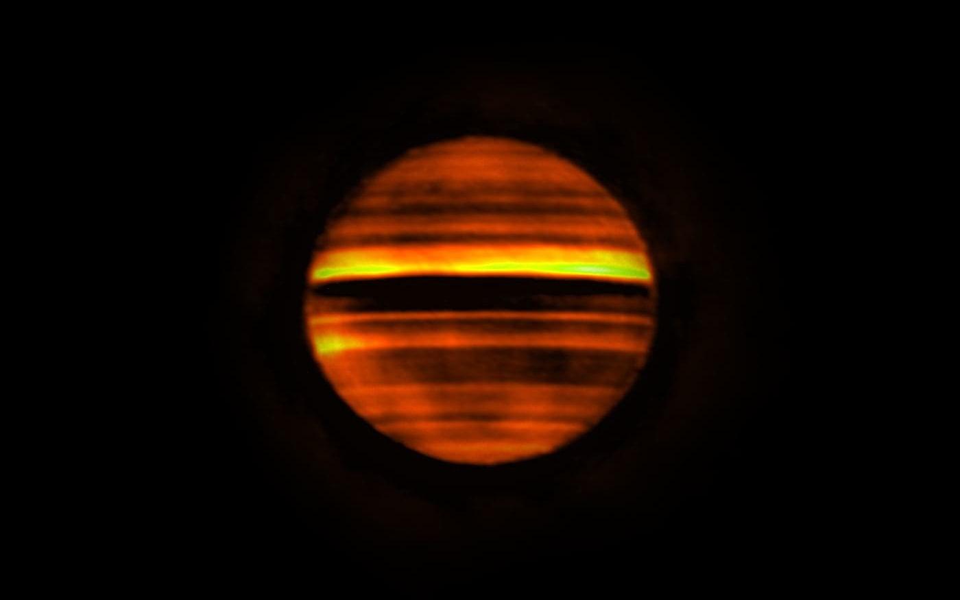 Tempestades em Júpiter expelem amônia na atmosfera